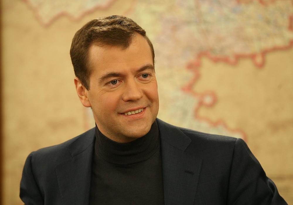 Дмитрий Медведев верит в блокчейн
