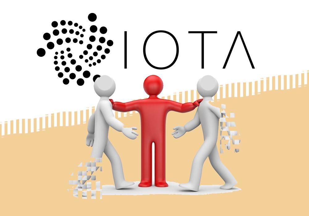 В IOTA возник внутренний конфликт, связанный с членством в совете директоров IOTA Foundation. Когда организация еще только формировалась, два основателя проекта Сергей Попов и Сергей Иванчегло не пожелали становиться его членами. Спустя какое-то время их решили включить в совет, и оба готовы в него войти, однако IOTA столкнулась с тем ограничением, что по германским законам включение в совет новых членов невозможно без решения наблюдательного совета, который соберется лишь в сентябре. Сложившаяся неопределенность привела к бурным спорам среди членов команды IOTA, которые вылились в то, что Иванчегло даже посоветовал нынешнему главе совета Доминику Шейнеру уйти. Впрочем, согласно последнему заявлению IOTA, данное высказывание назвали эмоциональным, а общее согласие касательно включения Иванчегло и Попова в совет директоров дело решенное и лишь вопрос времени. Тем не менее, на фоне конфликта курс MIOTA снижается быстрее других и монета выпала из ТОП10.